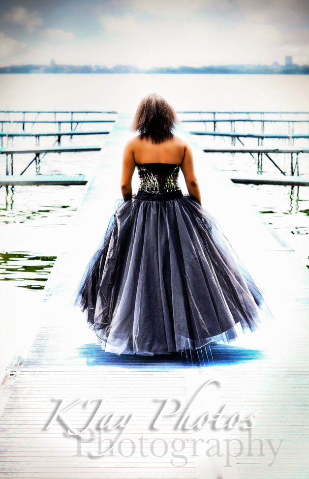 Photographer, Madison WI. Prom Dress Senior pictures.